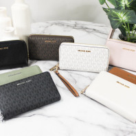 BRAND NEW MICHAEL KORS WHOLESALE WALLETS AND BAGS
