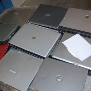 Neuer Posten Notebooks Laptop Hp, Dell, Toshiba mix ungepr. Retour Computer Discounter